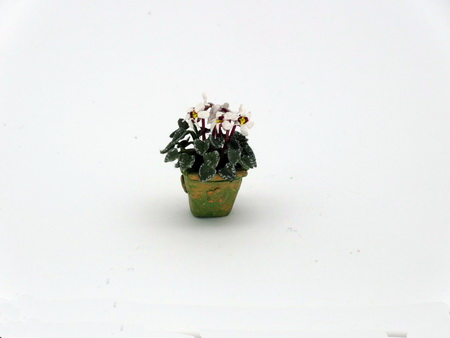 Handmade Dollshouse Miniature 12th scale white Cyclamen - Click Image to Close